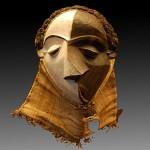 Masque Pende d'un homme paralysé, atteint d'une variole, ressemblant à une des demoiselles d'Avignon de Picasso