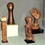 Poupées (2) - Bemba - Zambie et Kuba - R.D.C.; Satuette - kasongo - R.D.C.; Sculpture - Ashanti - Ghana